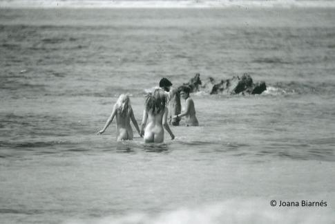 Nudistas en Ibiza en los 70