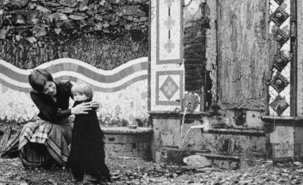 PILAR AYMERICH - MONTSERRAT ROIG I EL SEU FILL ROGER. ANTIC CASINO 1972